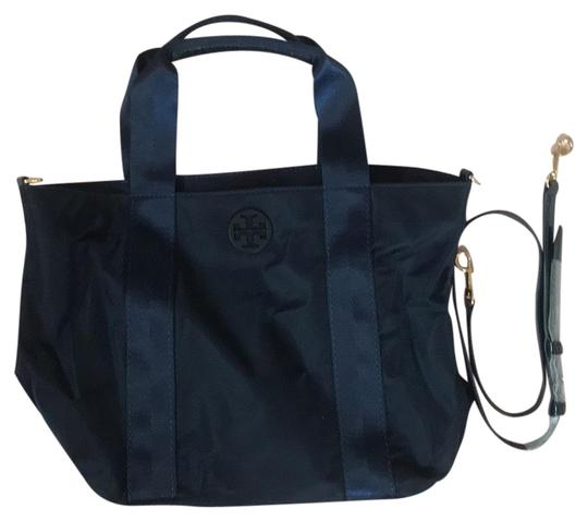 Preload https://img-static.tradesy.com/item/27082052/tory-burch-blue-navy-nylon-tote-0-1-540-540.jpg