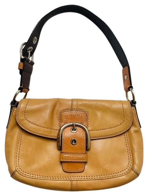 Item - Luxury Light Brown/Tan/Caramel Smooth Leather Hobo Bag