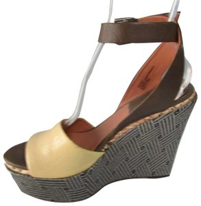 Bacio 61 Leather Color Block Beige/Taupe Wedges