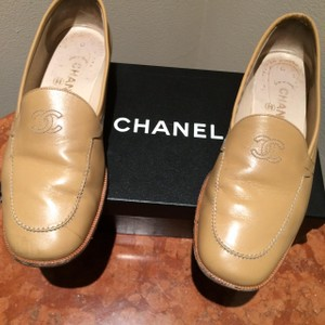Chanel Loafers Tan Gucci Natural Beige Flats