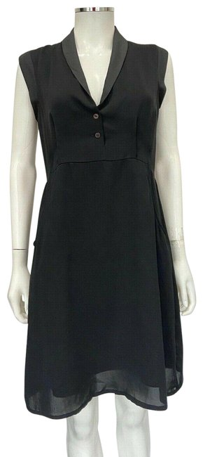 Item - Black XS V Neck Cap Sleeve Mid-length Night Out Dress Size 0 (XS)