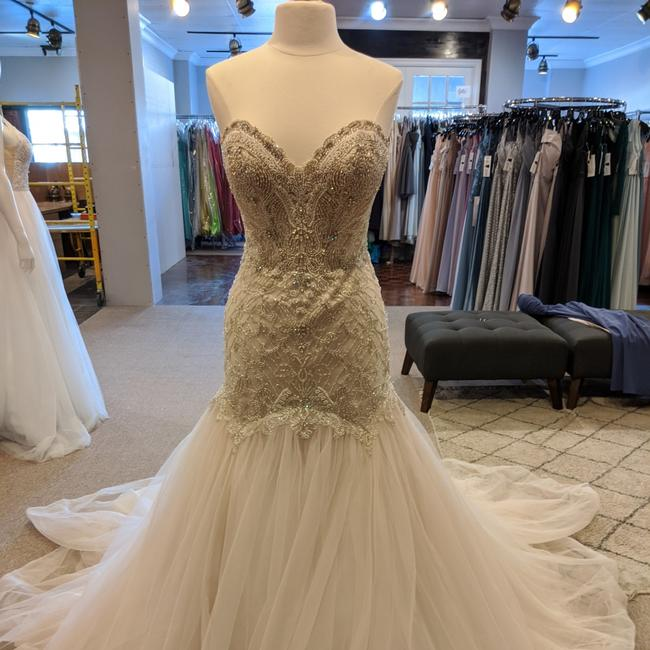 Item - Ivory/Moscato Tulle and D2279 Sexy Wedding Dress Size 12 (L)