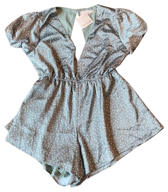 Item - Green and White Romper/Jumpsuit