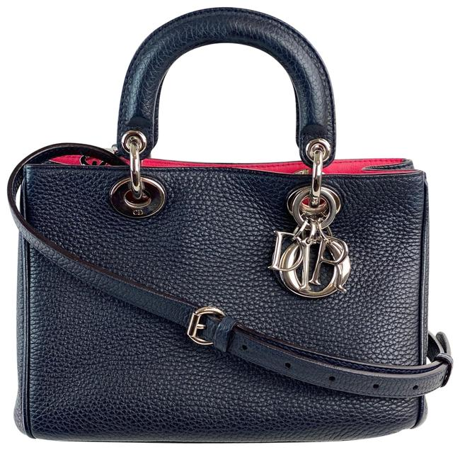 Item - Christian Small issimo B157 Navy Blue Leather Shoulder Bag