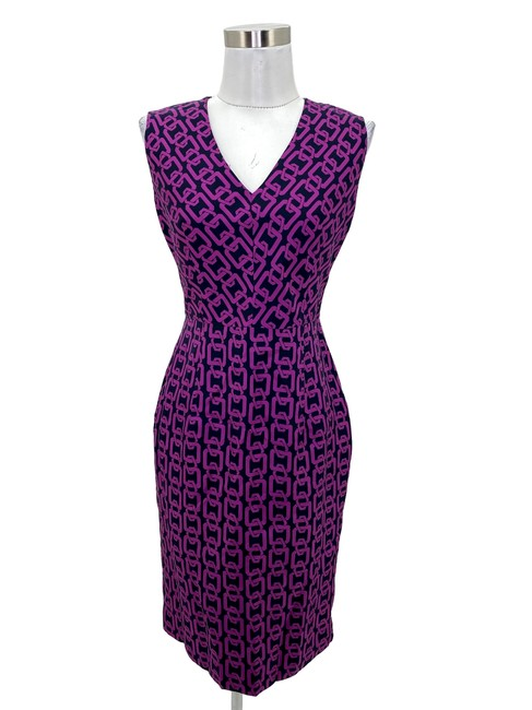 Item - Purple N438 Black Printed Chain Sheath V-neck Short Work/Office Dress Size 4 (S)