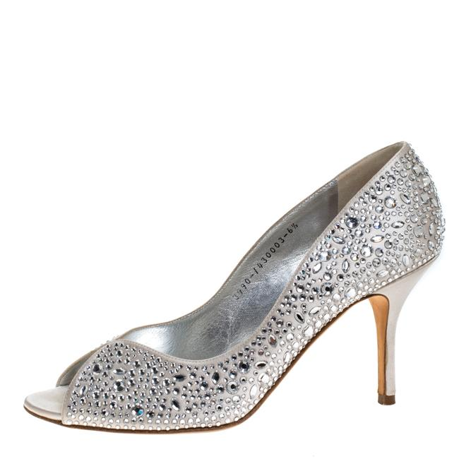 Gina Peters Grey Light Satin Crystal Embellished 39.5 Pumps Size US 8.5 Regular (M, B) Gina Peters Grey Light Satin Crystal Embellished 39.5 Pumps Size US 8.5 Regular (M, B) Image 1