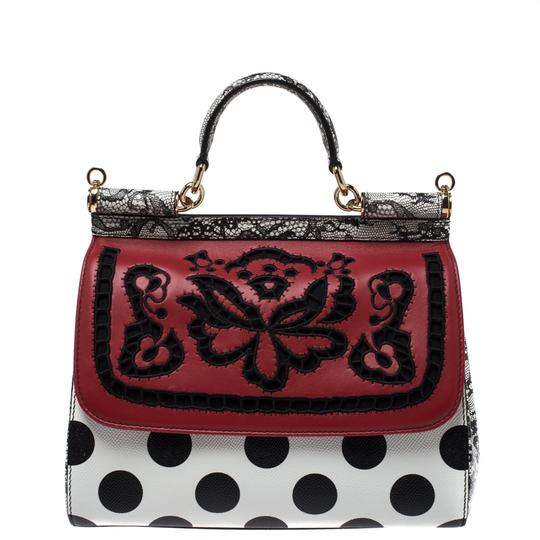 Preload https://img-static.tradesy.com/item/27086791/dolce-and-gabbana-dolce-and-gabbana-blackwhite-polka-dots-floral-cut-out-medium-white-leather-clutch-0-0-540-540.jpg