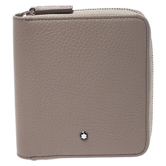 Preload https://img-static.tradesy.com/item/27087035/montblanc-beige-leather-zip-around-wallet-0-0-540-540.jpg