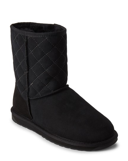 Preload https://img-static.tradesy.com/item/27087052/emu-black-stinger-lo-quilted-shearling-lined-suede-bootsbooties-size-us-7-regular-m-b-0-0-540-540.jpg