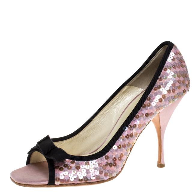 Item - Pink Satin Sequin Embellished Bow Detail 38.5 Pumps Size US 8.5 Regular (M, B)