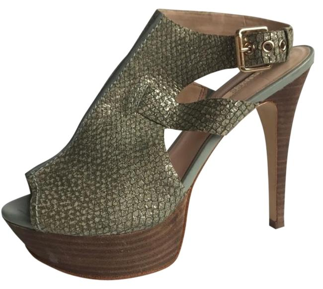 Guess Green Slingback Platform Sandals Size US 7 Regular (M, B) Guess Green Slingback Platform Sandals Size US 7 Regular (M, B) Image 1
