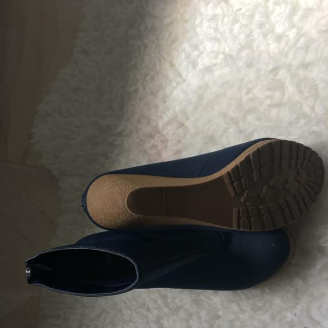 Item - Blue Navy Boots Winter Hm Collection Bought At Ny. Very Fancy Flats Size US 9 Regular (M, B)