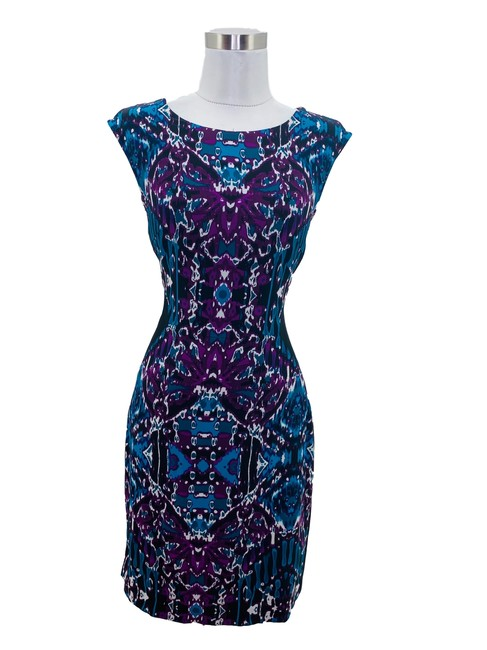Item - Black N542 Small Purple Blue Graphic Mid-length Formal Dress Size 6 (S)