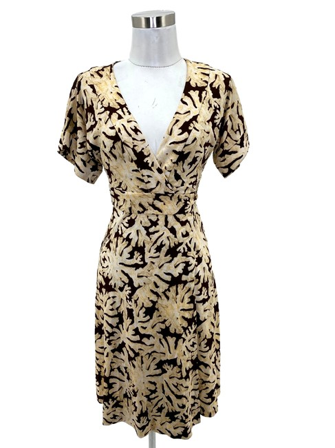 Item - Brown N521 Small Ivory Coral Wrap Short Casual Dress Size 4 (S)