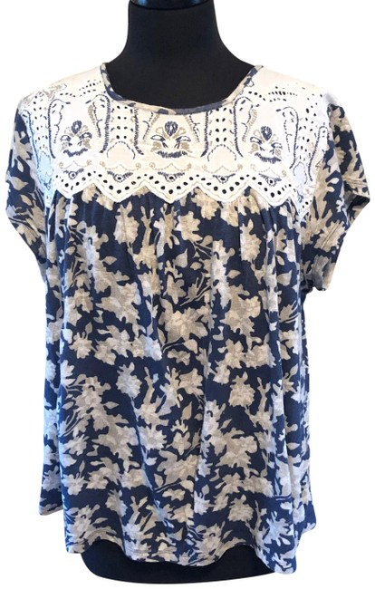 Item - Navy with White Blossoms 9-h15 St Cl Blouse Size 16 (XL, Plus 0x)