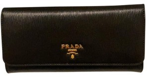 Prada Prada Vitello Move continental wallet