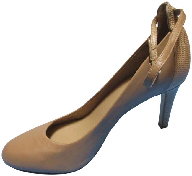 Item - Tan Almond Toe Ankle Strap Pumps Size US 9 Regular (M, B)