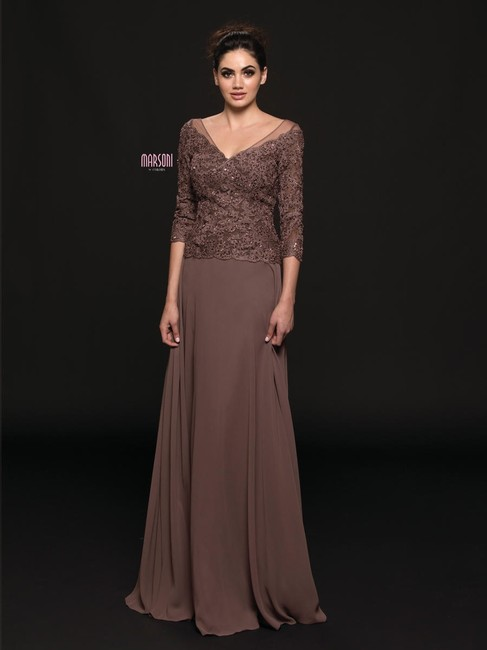 Item - Taupe Chiffon and Lace M226 Formal Bridesmaid/Mob Dress Size 20 (Plus 1x)