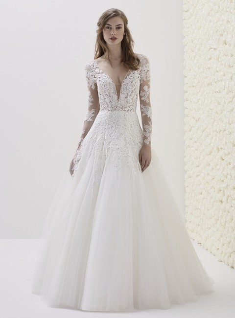 Item - Off White Embroidered Tulle Elwe Traditional Wedding Dress Size 12 (L)