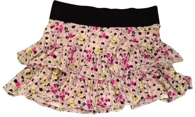 Preload https://img-static.tradesy.com/item/27096/free-people-pink-yellow-grey-navy-tiered-floral-miniskirt-size-8-m-29-30-0-0-650-650.jpg