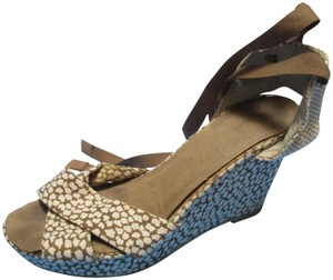 Old Navy Ankle Wrap Two Tone Pattern Covered Wedge Blue Sandals