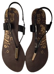 Brash Brown And Black Sandals