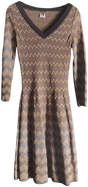 Preload https://img-static.tradesy.com/item/27098338/missoni-gold-and-black-mid-length-night-out-dress-size-4-s-0-1-650-650.jpg