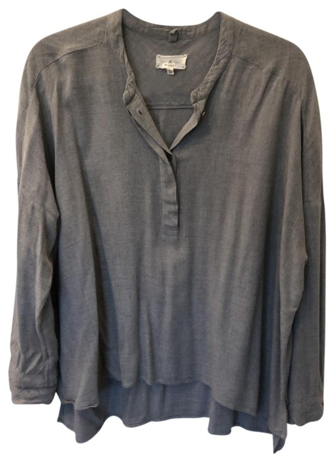 Preload https://img-static.tradesy.com/item/27099079/lou-and-grey-blouse-size-4-s-0-1-650-650.jpg
