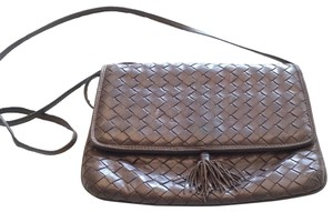 Bottega Veneta chocolate brown Clutch