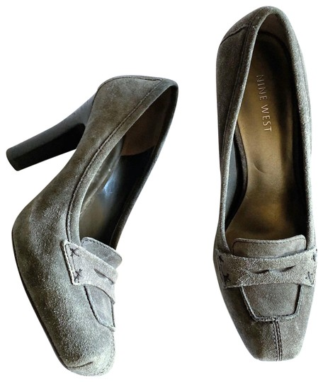 Preload https://img-static.tradesy.com/item/27100036/nine-west-gray-nwalimona-suede-moccasin-hidden-platform-with-stacked-heels-pumps-size-us-7-regular-m-0-3-540-540.jpg