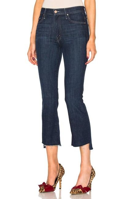 Item - Clean Sweep Dark Rinse Insider Crop Step Fray Capri/Cropped Jeans Size 25 (2, XS)