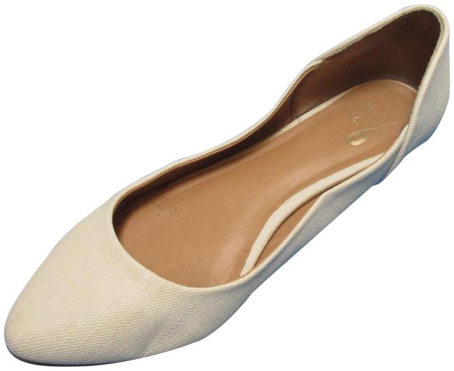 Item - Cream Solid Textured Rounded Toe Flats Size US 8 Regular (M, B)