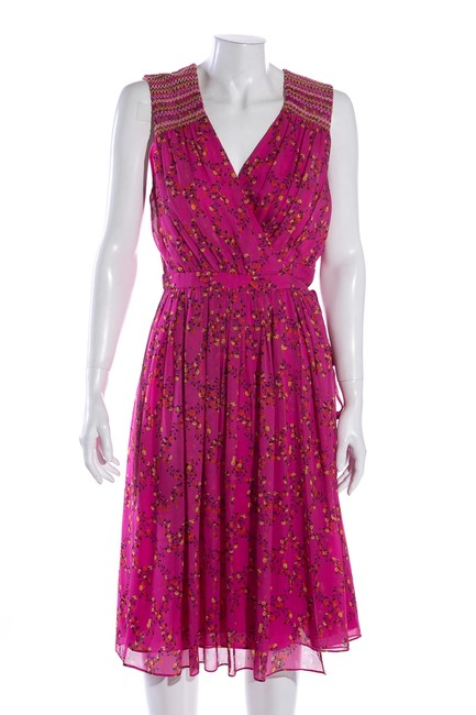 Item - Pink Mid-length Short Casual Dress Size 8 (M)