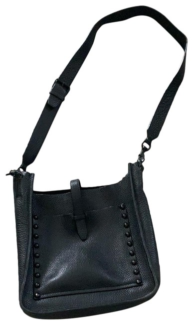 Item - Cross Body Black Leather Messenger Bag