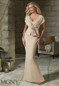 Mori Lee Cashmere Crepe and Lace 71203 Casual Bridesmaid/Mob Dress Size 14 (L)