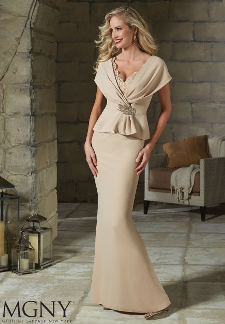 Item - Cashmere Crepe and Lace 71203 Casual Bridesmaid/Mob Dress Size 14 (L)