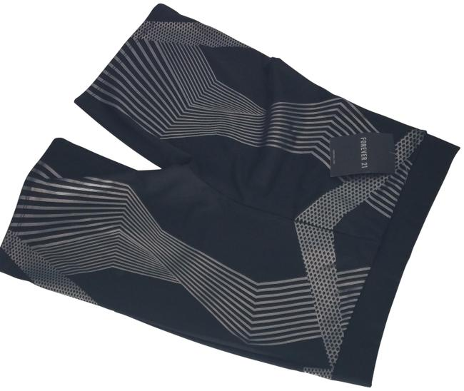 Item - 003520350211 XS Play Station Multicolored Black Silver Short Leggings Size 0 (XS, 25)