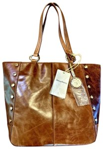 Tommy Bahama Leather Tote in brown