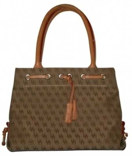 Preload https://item4.tradesy.com/images/dooney-and-bourke-demure-small-tan-cloth-tote-27118-0-0.jpg?width=440&height=440