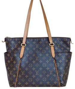 Louis Vuitton Totally Lv Totally Monogram Monogram Lv Tote in Brown