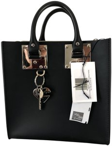 Sophie Hulme Sophistated Classic Smooth Leather Clean-cut Profile Signature Charms Tote in Black