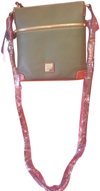 Item - Olive Green Pebbled Leather Cross Body Bag
