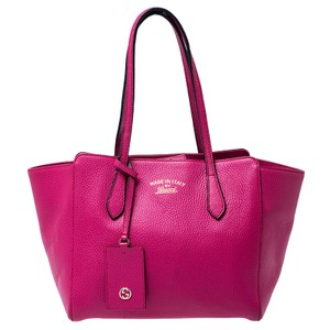 Gucci Leather Swing Tote in Pink