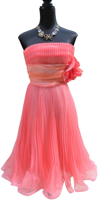 Item - Coral Mid-length Night Out Dress Size 4 (S)