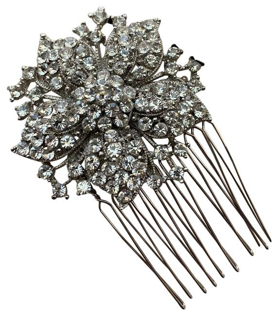 Item - Silver Hc18 Hair Accessory