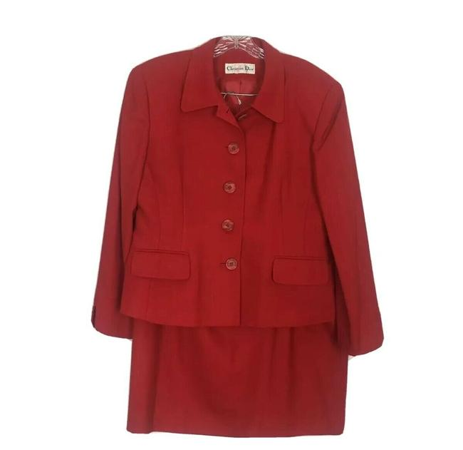 Item - Red Wool Skirt Suit Size 16 (XL, Plus 0x)