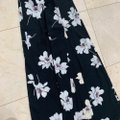 Blue Blush Black and White Floral with Large Front Slit Long Casual Maxi Dress Size 4 (S) Blue Blush Black and White Floral with Large Front Slit Long Casual Maxi Dress Size 4 (S) Image 2