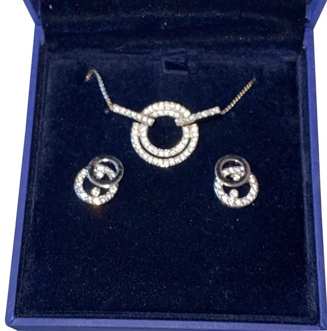 Item - Silver Earring Set Necklace