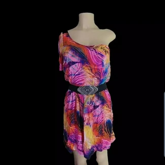 Item - Pink Women's M Abstract Print Mid-length Short Casual Dress Size 8 (M)