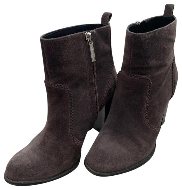 Item - Gray Suede Quicksand Boots/Booties Size US 6.5 Regular (M, B)